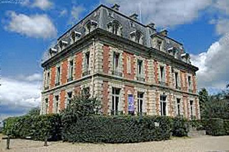 Château et Orangerie de Châtenay