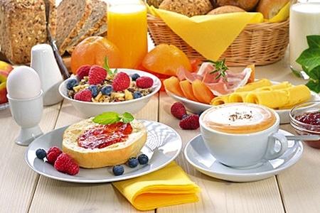 Petit-Déjeuner d'Accueil